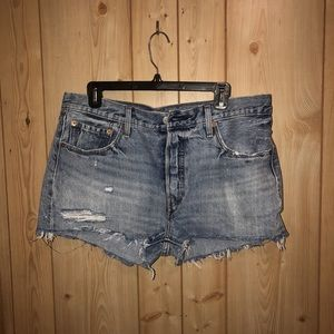 Levi shorts! Great condition!